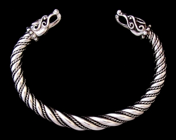 Tapered Sigtuna Torc